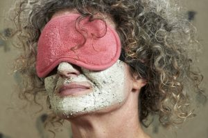 Lady-with-curly-hair_eyes-covered_wearing-a-facemask.jpg
