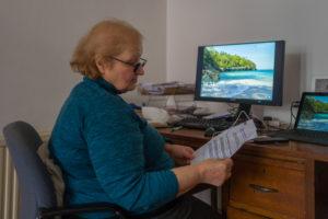 Mary-Thompson-Ward-Counsellor-Gina-at-work101f838663.jpg